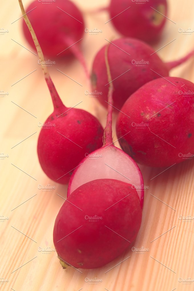 fresh radishes over wood table H10 2.jpg - Food & Drink