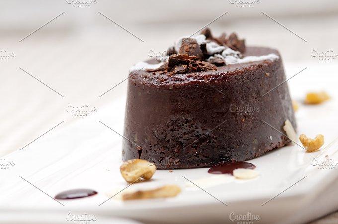 chocolate and walnuts dessert cake 01.jpg - Food & Drink