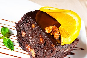chocolate and walnuts cake 1.jpg