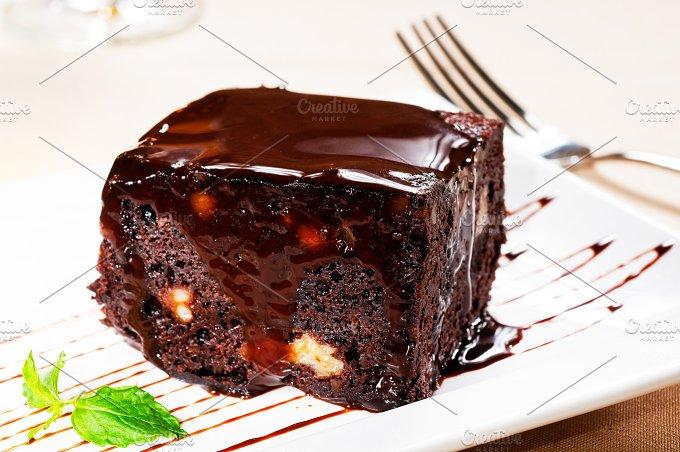 chocolate and walnuts cake 5.jpg - Food & Drink