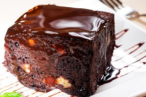 chocolate and walnuts cake 6.jpg
