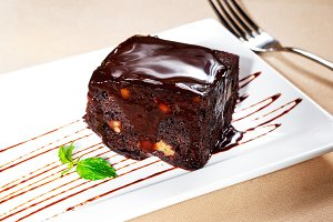 chocolate and walnuts cake 7.jpg