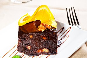 chocolate and walnuts cake 12.jpg