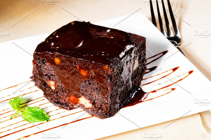 chocolate and walnuts cake 11.jpg - Food & Drink