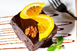 chocolate and walnuts cake 13.jpg