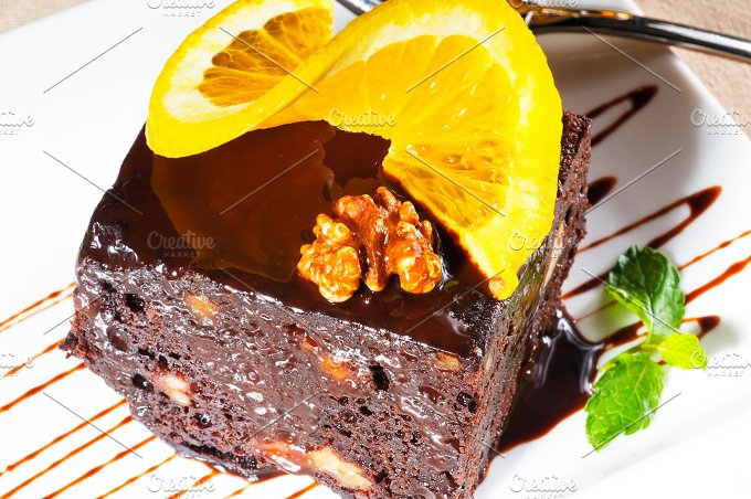 chocolate and walnuts cake 14.jpg - Food & Drink
