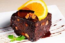 chocolate and walnuts cake 19.jpg