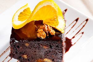 chocolate and walnuts cake 23.jpg