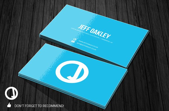 Free Realistic Business Card Mock Up