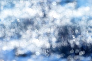 winter frozen bokeh