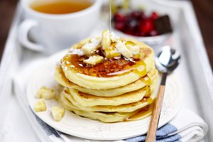 Pancakes with banana and coconut