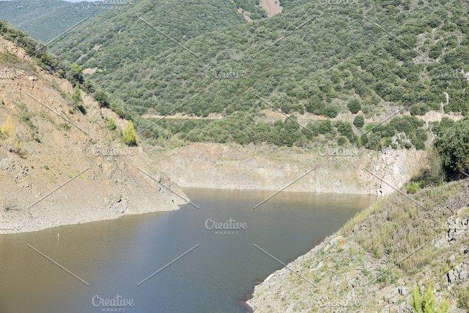 Canoves lake - Nature