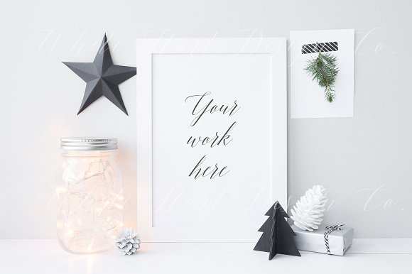 Download Christmas styled frame mock up
