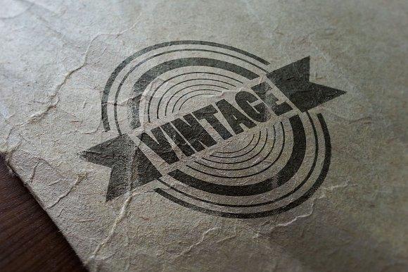 Vintage Lgo