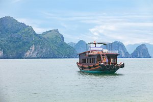 traditional asian boat cruise