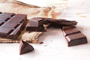 Broken tablet artisan chocolate