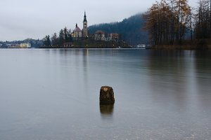 Foogy morning in lake Bled