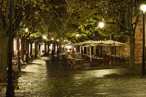 Night view in ramblas