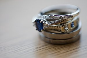 Wedding Rings with sapphire