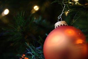 Christmas Ornament (RAW + JPG)
