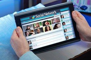 internet social life