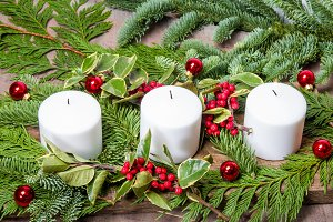 White candle centerpiece