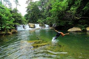 Kloe Waterfall