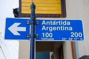 trafic signal of the antartida locat