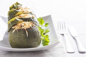Round zucchini stuffed