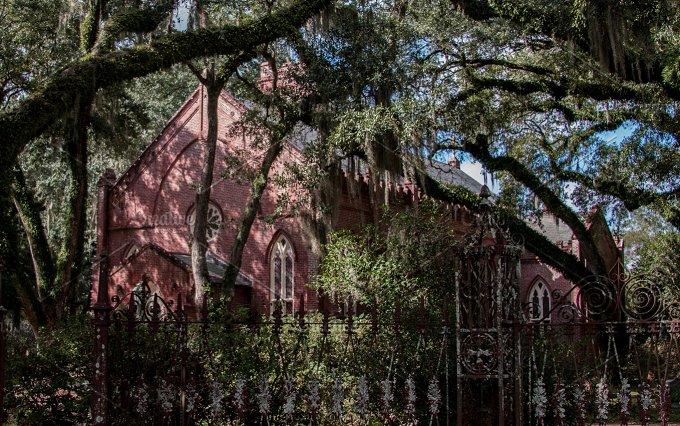 Grace Episcopal-St. Francisville LA - Architecture