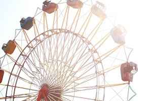 Summer ferris wheel horizontal