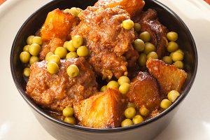 Meatballs and peas