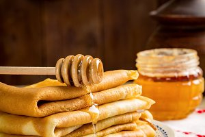 Crepes with honey, Russian cuisine