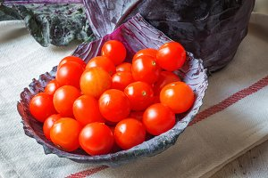 Healthy Fresh tomatoes cherryes and