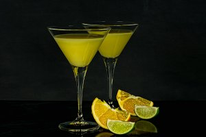 orange cocktails with slices