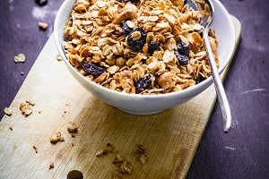 Granola with raisins