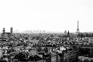 Black and White Paris Skyline