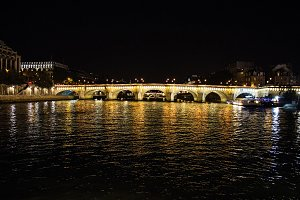 Siene at Night in Paris