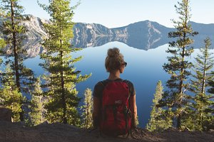 Crater Lake Hiker