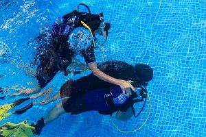 Scuba diving baptism (5)