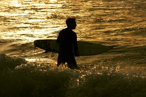 surfer men silhouettes