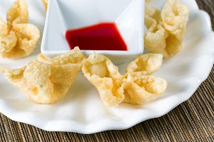 Fried Wanton Shells and Sauce