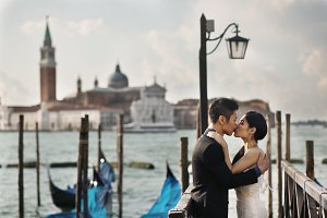 Kissing couple in Venice