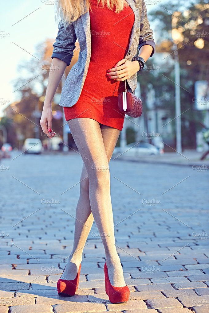 Fashion urban people, woman, outdoor. Lifestyle - Beauty & Fashion