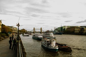 Thames (tower bridge)
