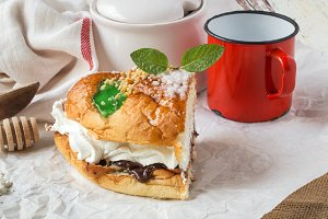 Kings cake with cream, coffee and mi