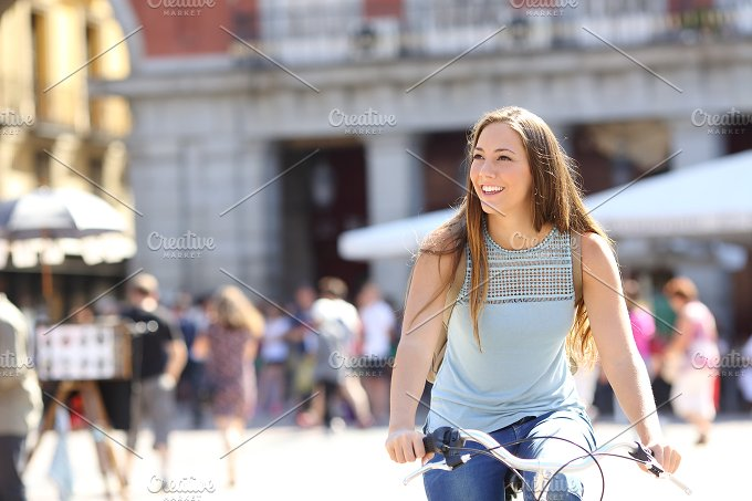 Candid tourist cyclist sightseeing.jpg - Health