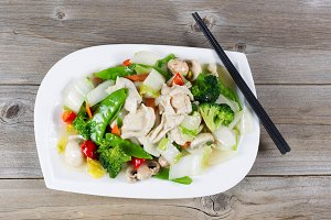Cooked white chicken and vegetables