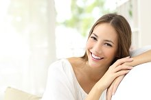 Beauty woman with white smile at home.jpg