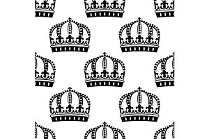Medieval royal crowns seamless patte